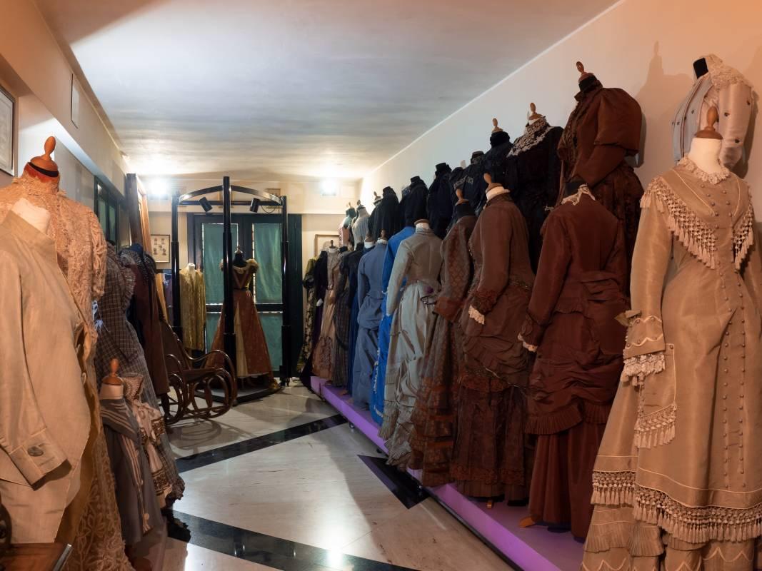 Collezione Abiti d'Epoca - Cordella Fashion School